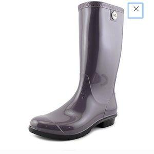 UGG Shaye Round Toe Purple Rain Boot